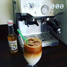 Iced Vanilla latte in the Glasgow sunshine.  #foodporn #foodie #coffee #barista #espressomachine #sage #glasgow #scotland #icedvanillalatte #hestonblumenthal @thehestonblumenthalteam #tapaorganic http://ift.tt/1VbgBi2