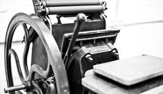 letterpress commons - letterpress techniques, equipment, education and more awesome stuff.  #letterpress #letterpresscommons #letterpressequipment #printing