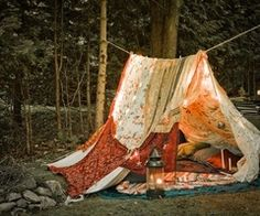 Homemade Tent....Looks Cozy  <3