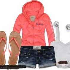 Cute casual Hollister outfit minus the shoes