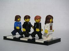 Lego - The Beatles, Abbey Road by Dunechaser Ringo Starr, George Harrison, Paul Mccartney, John Lennon, Stuart Sutcliffe, Les Beatles, Beatles Art, Liverpool, Abbey Road