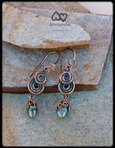 Copper wire earrings with pearl: boho earrings by AnniamAeDesigns