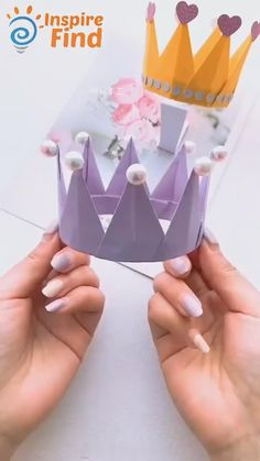 Paper Flowers Craft, Paper Crafts Origami, Diy Crafts For Gifts, Paper Crafts For Kids, Creative Crafts, Fun Crafts, Diy Paper, Diy Crafts For Adults, Diy For Kids