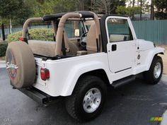 Stone White 2001 Jeep Wrangler Sahara Exterior Photo - my dream car - Super Car Pictures Two Door Jeep Wrangler, 2001 Jeep Wrangler, Jeep Wrangler Sahara, Jeep Tj, Beach Jeep, Beach Cars, My Dream Car, Dream Cars, Cool Cars Images