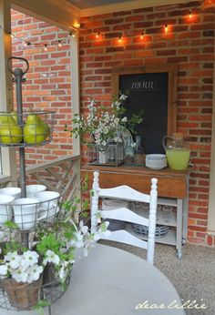 Just a few simple touches can help get a porch ready for spring dining! #sponsored #HappyByDesign #HomeGoodsHappy #HomeGoods