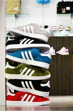 Men s Medium vintage Adidas sweatshirt jumper retro rare classic originals Best Sneakers, Sneakers Fashion, Fashion Shoes, Shoes Sneakers, Mens Fashion, Adidas Originals, Mode Adidas, Adidas Campus, Adidas Superstar
