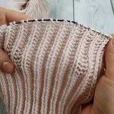 Beginner Knitting Patterns, Knitting Videos, Sweater Knitting Patterns, Easy Knitting, Crochet Stitches, Knit Crochet, Hand Knitted Sweaters, Herringbone Stitch Tutorial, Ideas Para