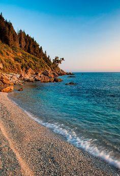 ✮ Lourdas Beach, Kefalonia, Greece (I wasn't that charmed with this beach)