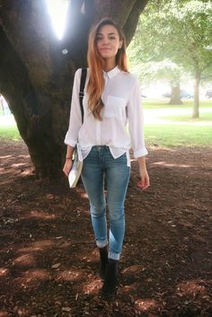 "Marzia ""CutiePie"" Bisognin preps for Back To School first impressions with a crisp white collared shirt, skinny jeans, ankle boots, and a faux suede backpack from H&M. 