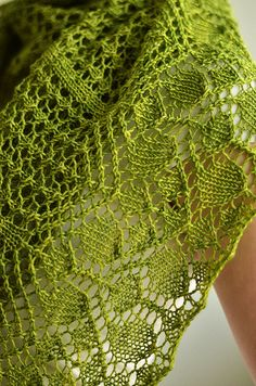Beautiful Shawl - Sherilyn by Ysolda