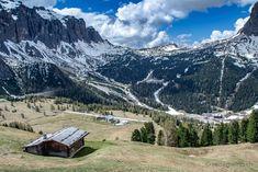 Sellagruppe auf dem Weg zum Grödner Joch  #Grödnertal #ValGardena #Südtirol #Dolomiten #Italien Mountains, Nature, Travel, Europe, Hiking, Italy, Viajes, Naturaleza, Destinations