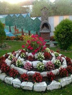 36 gorgeous DIY garden landscaping ideas you love .- 36 beautiful DIY garden landscaping ideas that you will love Garden Yard Ideas, Love Garden, Diy Garden, Spring Garden, Garden Projects, Diy Projects, Flowers Garden, Garden Crafts, Garden Ideas For Home