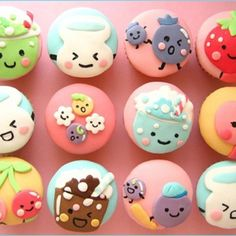 Now THOSE r cute cupcakes!