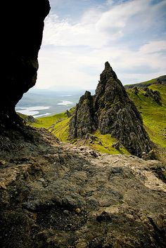 Old man of Storr - Scotland | © mathieu noël | Mathieu Noël | Flickr