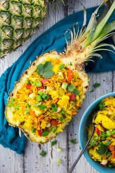 This Thai pineapple fried rice recipe couldn't be easier! It's not only super delicious and healthy, but also ready in less than 15 minutes! Rice Recipes Vegan, Vegan Dinner Recipes, Vegan Foods, Vegan Dinners, Veggie Recipes, Whole Food Recipes, Vegetarian Recipes, Cooking Recipes, Healthy Recipes
