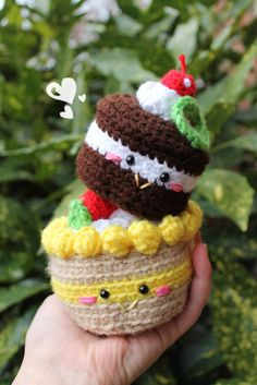 Amigurumi Food and Quick Crochet, Love Crochet, Diy Crochet, Crochet Dolls, Crochet Cake, Crochet Food, Amigurumi Patterns, Knitting Patterns, Crochet Patterns