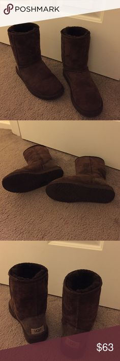Chocolate classic short authentic Ugg boots Chocolate brown classic short women's size 6 authentic Ugg boots. Gently worn. Slight creases from being worn a few times. Bottoms still in like new condition. Fur is like new. UGG Shoes Winter & Rain Boots