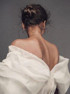 WSJ Magazine, März 2017 Fotograf: Krisztian Eder Frances Aaternir Source by sealanehill. Portrait Photography, Fashion Photography, Human Body Photography, Beauty Photography, Wsj Magazine, Photographie Portrait Inspiration, Shooting Photo, Foto Pose, Beauty Women