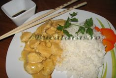 Pui Thai cu curry si lapte de cocos Asian Recipes, Food Art, Entrees, Grains, Curry, Rice, Meat, Chicken, Pineapple