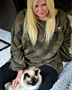 Kitty   Fuzzy Socks  Sweatshirt = COZY!  How do you DO cozy? Are you team sweatshirt or team cardigan? http://liketk.it/2sIGj #liketkit @liketoknow.it