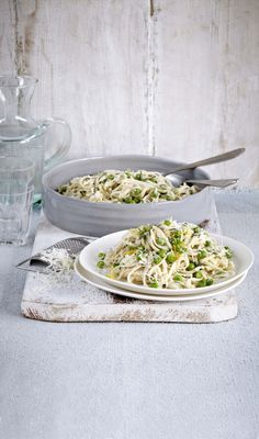 linguine with lemon and peas.
