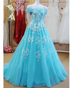 Formal Prom Dresses, Off Shoulder Long Tulle Prom Dresses Lace Appliques Women Dresses Whether you prefer short prom dresses, long prom gowns, or high-low dresses for prom, find your ideal prom dress for 2020 Cute Prom Dresses, Tulle Prom Dress, Beautiful Prom Dresses, Ball Dresses, Pretty Dresses, Homecoming Dresses, Ball Gowns, Lace Dress, Elegant Dresses