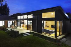 Gallery of Journey House / Nic Owen Architects - 14