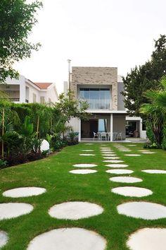 Πατητη τσιμεντοκονια / Lava finish by www.evomat.com Lava, Stepping Stones, Sidewalk, Outdoor Decor, Home Decor, Stair Risers, Decoration Home, Room Decor, Side Walkway