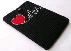 Crochet Book Cover, Crochet Phone Cover, Crochet Books, Love Crochet, Diy Crochet, Crochet Laptop Case, Crochet Wallet, Crochet Pouch, Knitting Patterns
