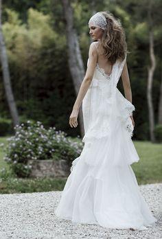 La nouvelle collection de robes de mariée Forever 2016 d'Alberta Ferretti http://www.vogue.fr/mariage/interview/diaporama/les-inspirations-mariage-dalberta-ferretti/20638/carrousel#17