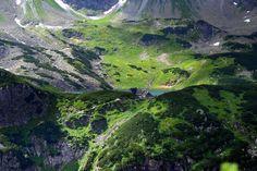 Schronisko w Dolinie Pięciu Stawów Polskich Tatra Mountains, Carpathian Mountains, Polish Mountains, Beautiful Places, Most Beautiful, Narnia, Poland, Places To Visit, River