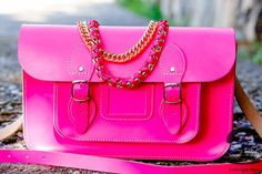 Fashion Is My Drug: Trending: Oxford Bag And Its Twists Cambridge Bag, Oxford Bags, What To Wear Today, Best Handbags, Everything Pink, Modern Jewelry, Leather Bag, Purses And Bags, Cool Style
