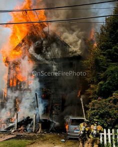 FEATURED POST  @onscenefirephoto -  Fully involved on arrival residential structure fire Windsor St WaterburyCT 6/11/17.. I was working an overtime shift at the pharmacy when citizens came in yelling to call 911 for a house on fire. As my staff called it in I grabbed my camera from the truck and went from pharmacist to fire photographer mode. . . TAG A FRIEND! http://ift.tt/2aftxS9 . Facebook- chiefmiller1 Periscope -chief_miller Tumbr- chief-miller Twitter - chief_miller YouTube- chief…