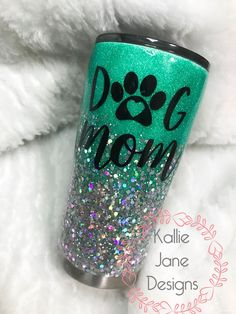 cute cups Ideas Dogs Mom Tumbler For 2019 Tumbler Quotes, Mom Tumbler, Vinyl Tumblers, Custom Tumblers, Glitter Cups, Glitter Tumblers, Tumblr Cup, Cup Crafts, Custom Cups