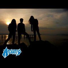 """ATLANTIS: """"Banda muito promissora"""" - A Música Continua A Mesma #Atlantis #AMusicaContinuaAMesma #SangueFrioProduções"""