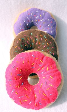 Felt Play Food Donuts by KatiefishDesigns on Etsy by leslie Food Pillows, Cute Pillows, Diy Pillows, Funny Pillows, Felt Crafts, Diy And Crafts, Arts And Crafts, Sewing Projects, Craft Projects