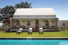 Klein Welmoed Guest House Conference Venue in Stellenbosch situated in the Western Cape Province of South Africa. Guest House Cottage, Provinces Of South Africa, Victorian Homes, Weekend Getaways, Mansions, Luxury, Architecture, House Styles, Outdoor Decor