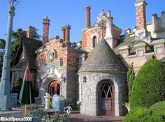 Disneyland Paris Fantasyland Toad Hall Restaurant