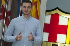 El Barça hace oficial el fichaje de Vermaelen por cinco temporadas