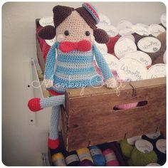 muñeca cuadrada amigurumi #crochetdoll #amigurumi