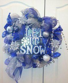 How to make a mesh wreath Frozen deco mesh wreath white blue tree ornaments