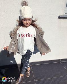 """1,980 Likes, 37 Comments - Madzia&Nikusia (@samegirll) on Instagram: """"Powoli wracamy do żywych#kidzootd#fashionresort#jestembojestes#mojewszystko#instadziecko#"""""""