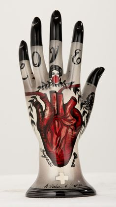 red - hand with heart - Love - ceramic - Evelyn Tannus Ceramic Pottery, Ceramic Art, Symbol Hand, Au Hasard Balthazar, Show Of Hands, Hand Sculpture, Palmistry, Gothic House, Sacred Heart