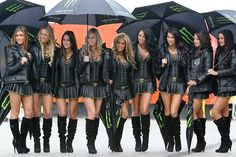 AS if the cars are not enough to get pulses racing, the glamorous grid girls might make you forget there's a race on. Girl M, Cool Girl, Monster Energy Girls, Pit Girls, Promo Girls, Promotional Model, Umbrella Girl, Glamour Photo, Sexy Latex