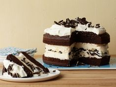 How to Make a Showstopping Ice Cream Cake : Food Network - FoodNetwork.com