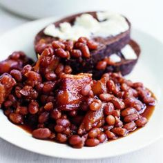 (Jennie used) Savor the relaxed side of summer with this slow-cooking Dutch oven recipe for beans infused with the flavors of molasses, apple cider vinegar, and dry mustard.