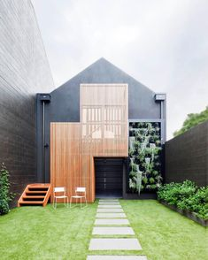"""9,512 likerklikk, 54 kommentarer – Aidan Anderson (@thelocalproject) på Instagram: """"Vertical garden feature wall & a timber battened exterior ~ to think this is only the garage! …"""""""