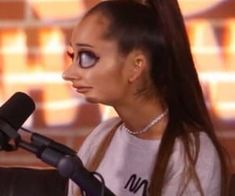 Find images and videos about funny, lol and ariana grande on We Heart It - the app to get lost in what you love. Ariana Grande Meme, Ariana Grande Pictures, Cute Memes, Stupid Funny Memes, Meme Faces, Funny Faces, Response Memes, Current Mood Meme, Funny Photos