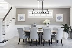 Love this paint color. The beautiful dining space in our Hamptons-inspired Boston 36 at the Super Centre, Parklea. Salon Hamptons, Hamptons Living Room, Die Hamptons, Hamptons Style Decor, Hamptons Style Bedrooms, Dining Room Walls, Dining Room Design, Style At Home, Clarendon Homes