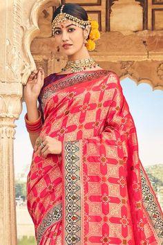 Red Sari, Saree Sale, Silk Sarees With Price, Freezing Cold, Indian Heritage, Wedding Sutra, Banarasi Sarees, Varanasi, Designer Sarees